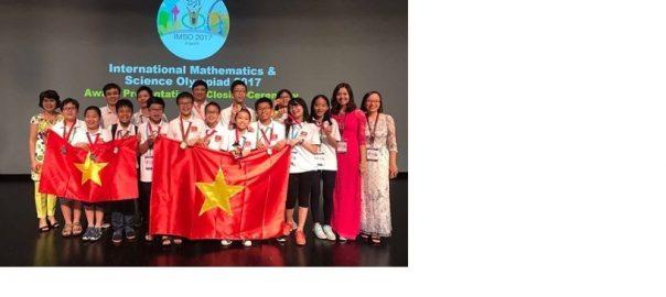 Đội tuyển Việt Nam tham dự Kỳ thi Toán và Khoa học Quốc tế 2017 (IMSO 2017) đã giành được 12/12 huy chương
